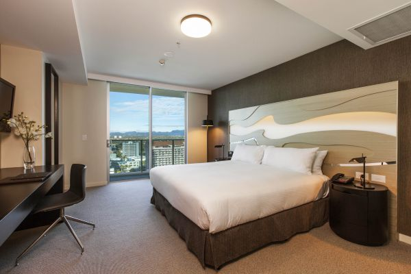 HiltonSurfersParadise-Accommodation.jpg